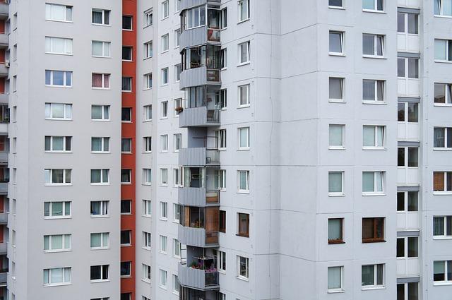balkony na paneláku