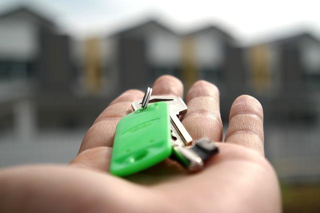 dlaň, klíček, zelený rozlišovač