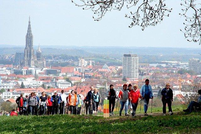 nordic walking u města